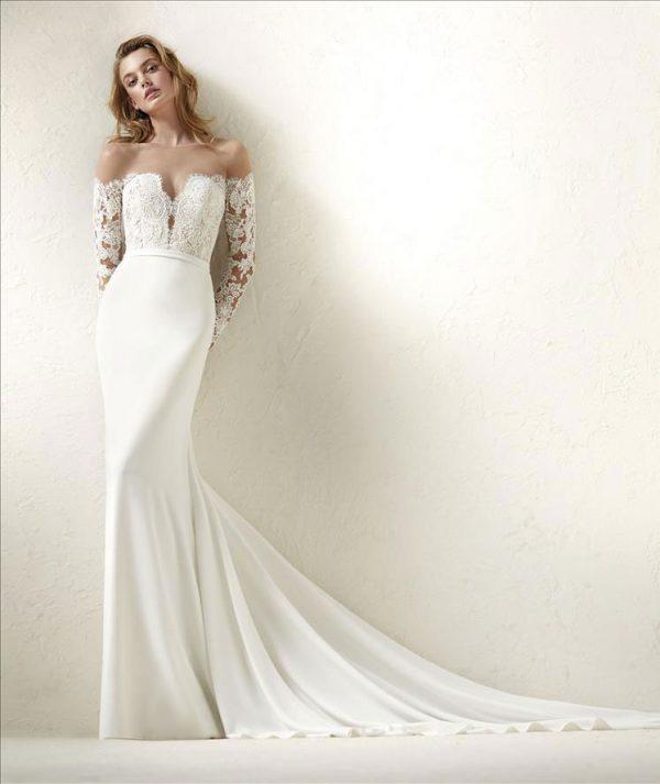 Pronovias Dracma Wedding Dress