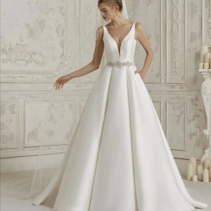 Pronovias Malena Wedding Dress
