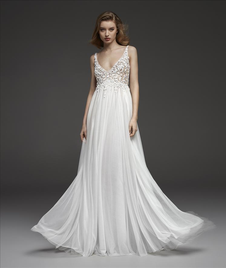 8bfd23f095f4 Celia Wedding Dress   Atelier Pronovias Wedding Dresses