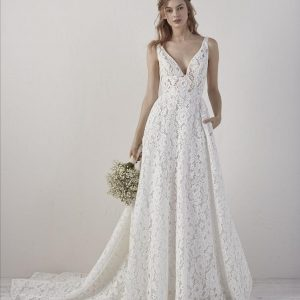 Pronovias Einat Wedding Dress