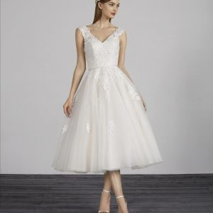 Pronovias Minna Wedding Dress