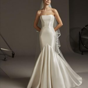Pronovias Oberon Wedding Dress