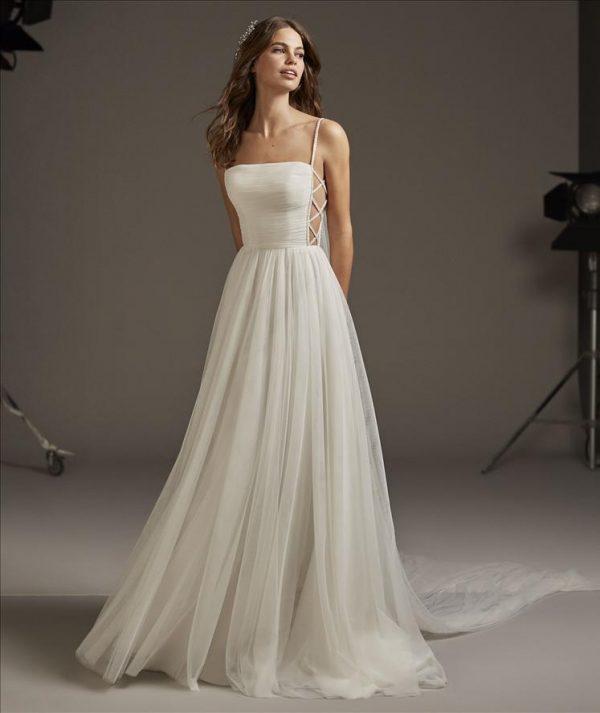 Pronovias Volans Wedding Dress